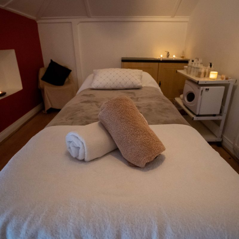Monaincha-spa-roscrea-tipperary-treatment-room